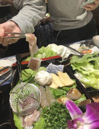 台中一中火鍋|激推必吃不可!聚餐餐廳推薦!新鮮海鮮CP值爆高.零負評餐點!