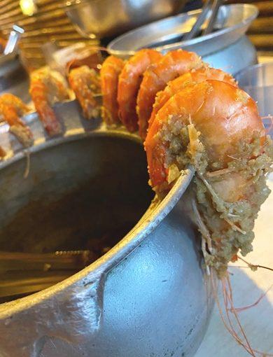 [餐廳推薦] 擁有美食;優美環境!竹北夜晚的最佳聚餐地點/新竹海鮮吃飽飽啦~