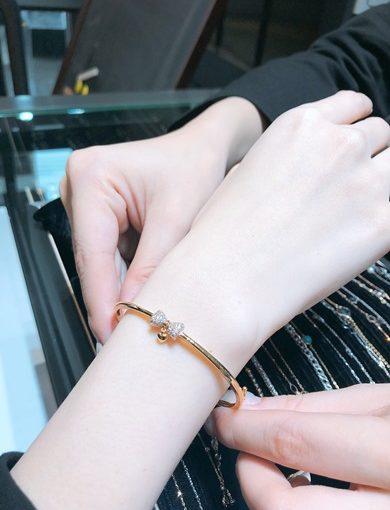 【台中K金手鍊】戒指手環+耳環,簡約精美的創意,我最喜歡的K金飾品,絕美銀樓推薦~